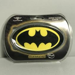 DC Universe BatmanDark Knight Light Up Belt Buckle Bat Signa