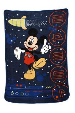 Disney Zero Gravity Coral Fleece Blanket, Mickey Mouse